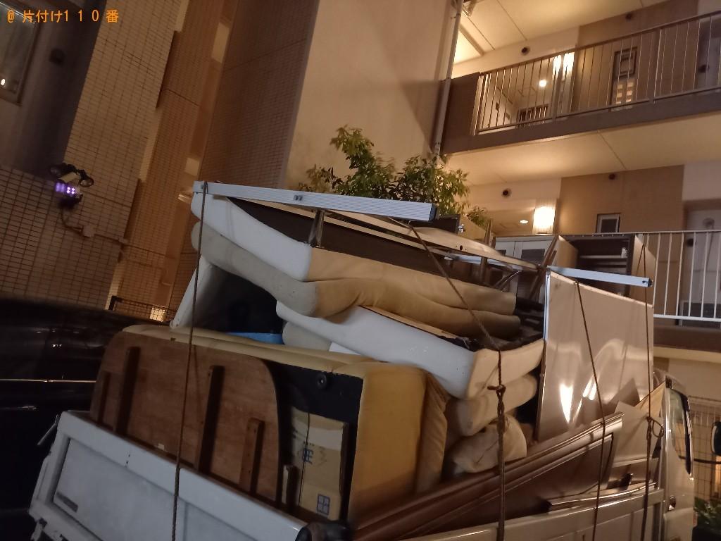 【船橋市】四人用ダイニングテーブル、ソファー等の回収・処分ご依頼