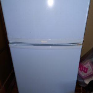 【千葉市稲毛区】冷蔵庫、洗濯機、PCデスク、ラック等の回収・処分