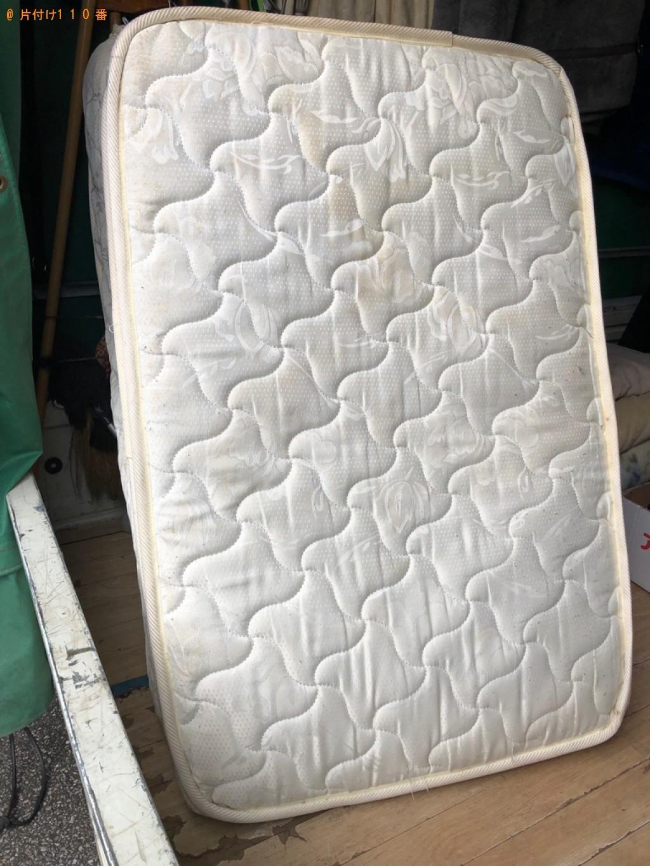 【船橋市】シングルベッドマットレス、子供用の椅子の回収・処分