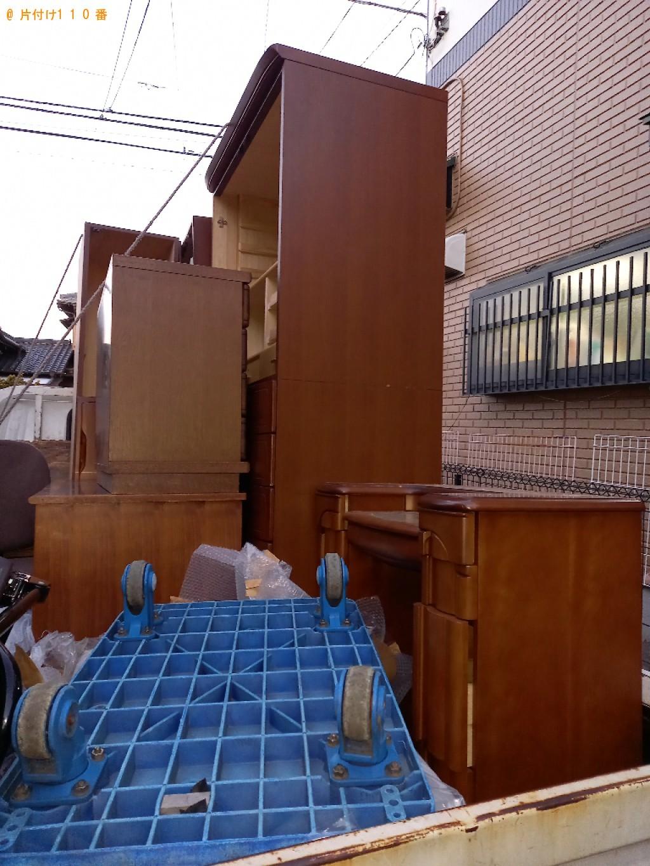 【千葉市】遺品整理に伴いタンス、クローゼット、鏡台、学習机の回収・処分